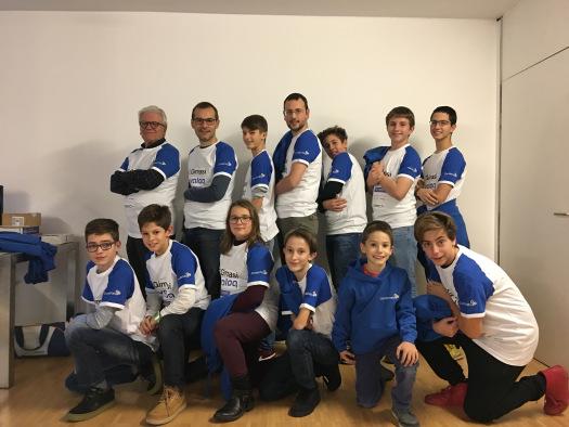 Per la stagione FLL 2017/18, il team SmileBots è composto  da  Davide, Pietro, Damiano, Federico, Matilde, Davide, Alan, Matteo, Giacomo e la mascotte Giulio.  In bocca al lupo!